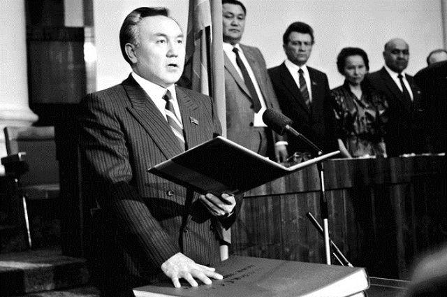 В 28 июня 1989 года первым секретарем ЦК Компартии Казахстана стал Нурсултан Назарбаев.