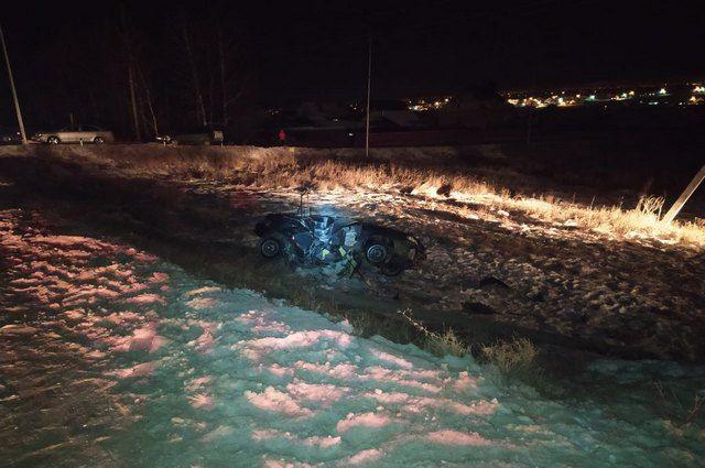 20-летний пассажир ВАЗ-2114 погиб в ДТП с вылетом в кювет в Башкирии