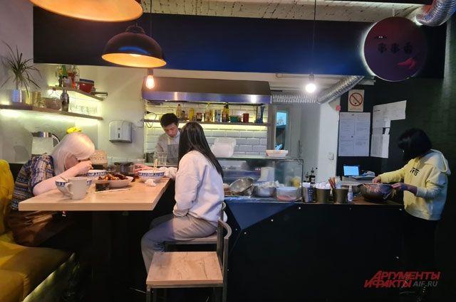 Нелегально открытый ресторан в Белграде.