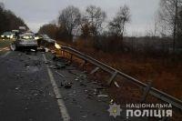 В Черниговской области в ДТП погибли три человека.