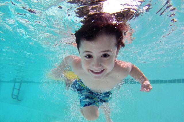 Ребенок поплывет раньше, чем пойдет
