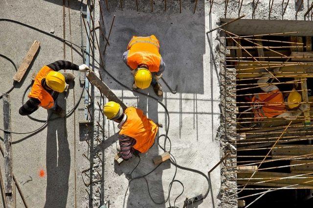 Планируют сносить построенные в советские годы старые пятиэтажки, а на их местах строить новое жилье