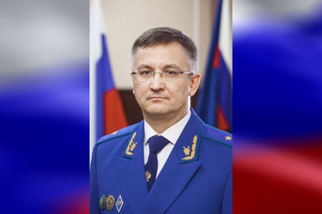 Официально на должность прокурора Оренбургской области Руслан Медведев назначен 1 декабря.