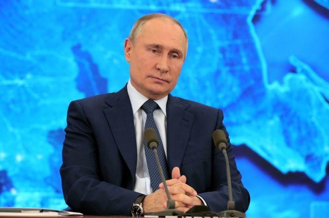 Путин назвал уровень защиты, который дает российская вакцина от COVID-19
