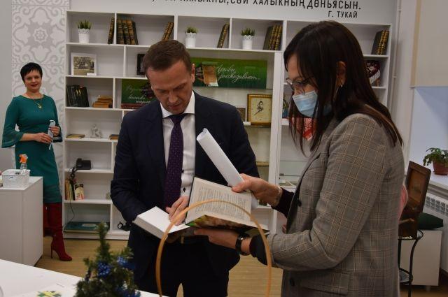 Владимир Ильиных считает, что модельных современных библиотек должно быть больше.