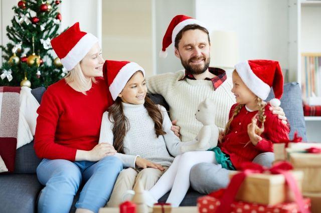 Создать новогоднее настроение – задача родителей.