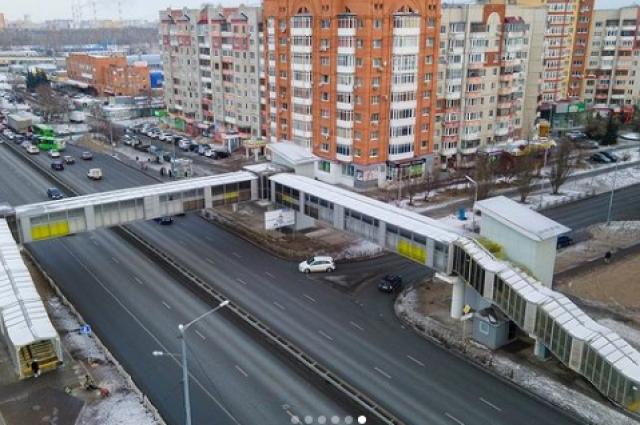 На новой развязке в Тюмени и в переходе по улице Гнаровской запущены лифты