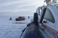 выезд на лед разрешен только в границах ледовых переправ