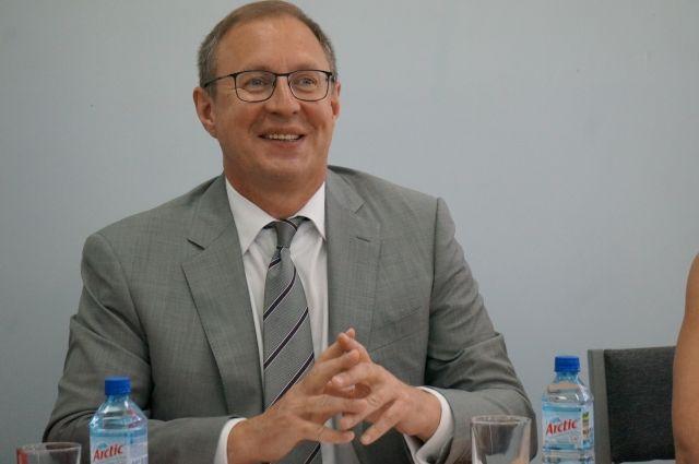 На посту вице-премьера Дмитрий Самойлов сменил Антона Клепикова.