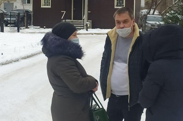 В суд Владимира Санкина пришли поддержать родственники.