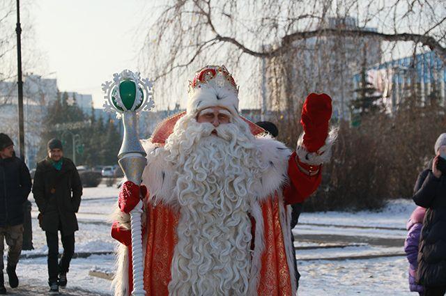 Больше всего дети ждут встречи с настоящим Дедом Морозом.