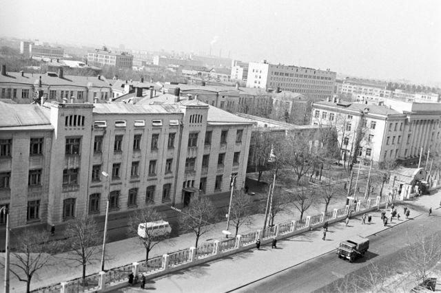 Здание Городской клинической больницы имени С. П. Боткина. 1972 год.
