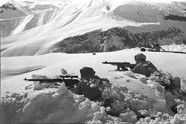 В «Горельнике» прошли обучение 12 тысяч солдат и сержантов, а также около полутора тысяч офицеров.
