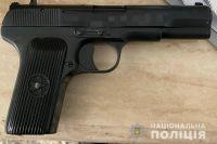 В Одессе мужчина обстрелял полицейских, прибывших к нему с обыском.