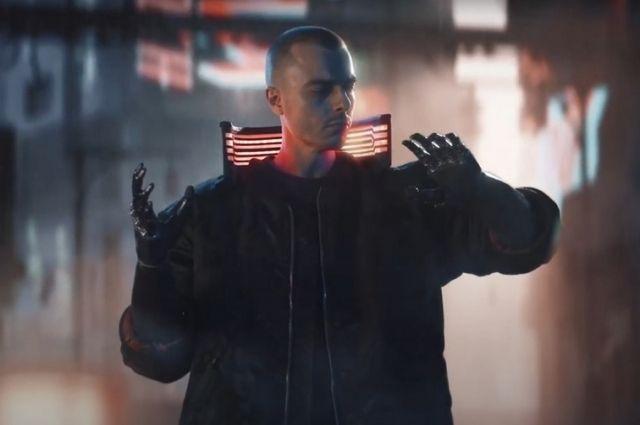 Недавно Константин снял ролик в стиле новой игры Cyberpunk 2077.