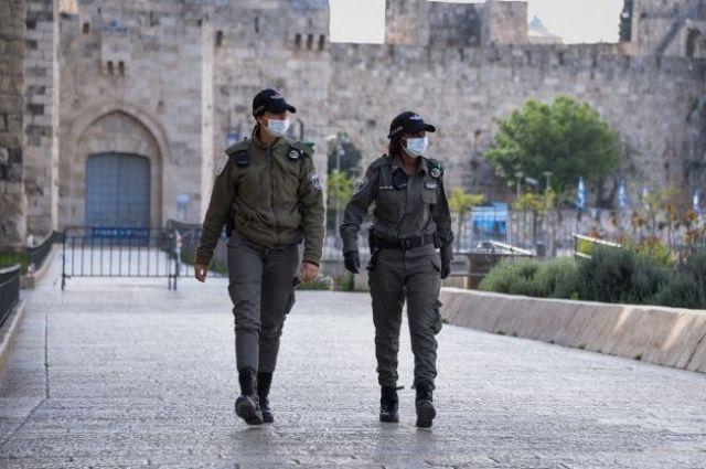 Израиль вводит локдаун из-за распространения коронавируса.