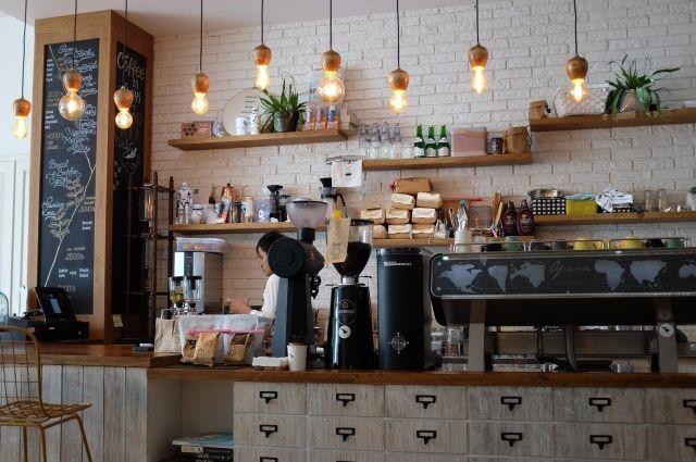 Общие ограничения для общепита больше не распространяются на придорожные кафе и столовые.