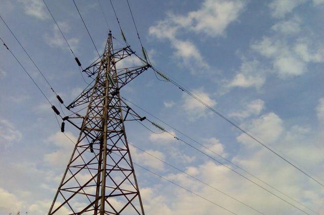 «Оренбургэнерго» предупреждает жителей Оренбургской области об опасности самовольного подключения в электрической сети.