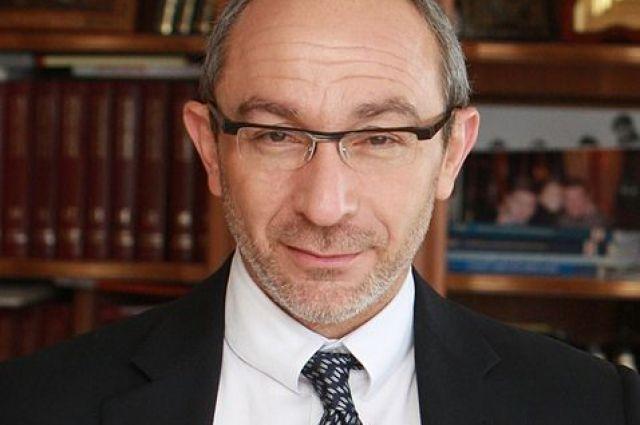 На фото - скончавшийся мэр Харькова Геннадий Кернес.