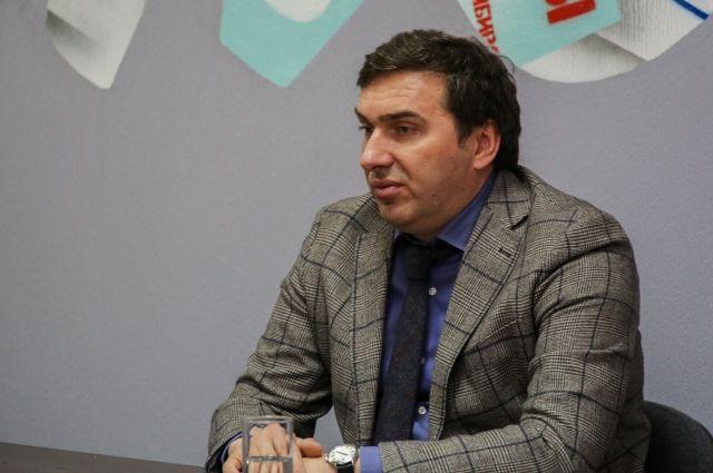 Глава минздрава Новосибирской области Константин Хальзов рассказал, каким был уходящий год для него и системы здравоохранения региона на встрече в пресс-центре Сиб.фм Групп.