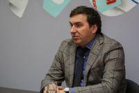 Министр здравоохранения Новосибирской области Константин Хальзов рассказал о способах сохранения здоровья на встрече в пресс-центре Сиб.фм Групп.