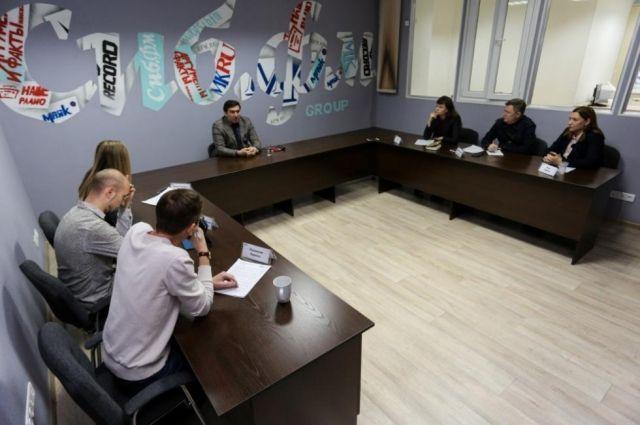 В Новосибирской области еще 58 миллионов рублей выделили на закупку лекарств для пациентов, лечащихся от коронавируса в домашних условиях.