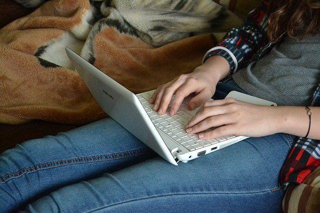 Тюменские школьники приняли участие в проекте «Домашка SNOW»