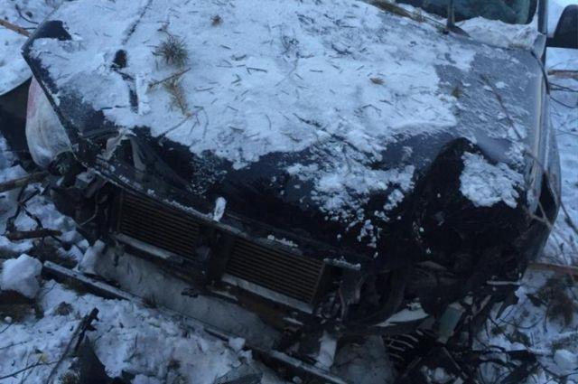 В Пуровском районе нетрезвый водитель автомобиля Toyota улетел в кювет
