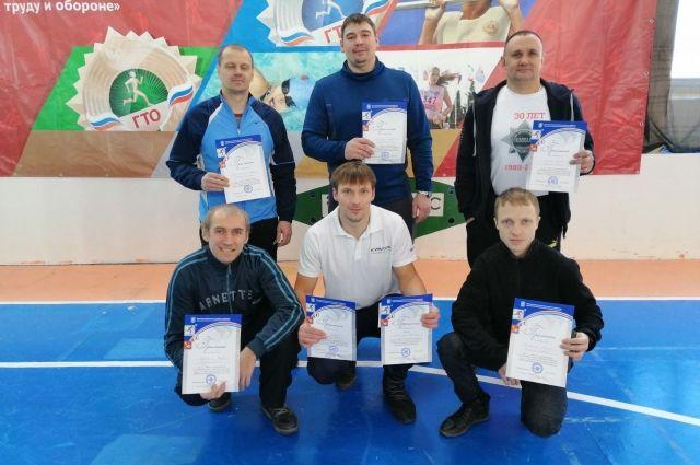 Финальное золото в копилку сборной филиала «ПМУ» принесли гиревики завода.