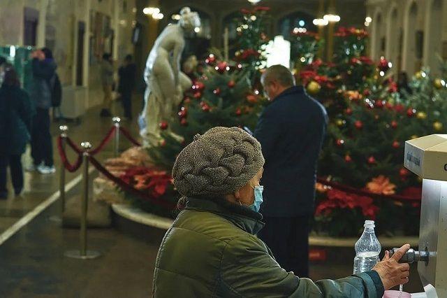 Нарзанную галерею украсили к Новому году