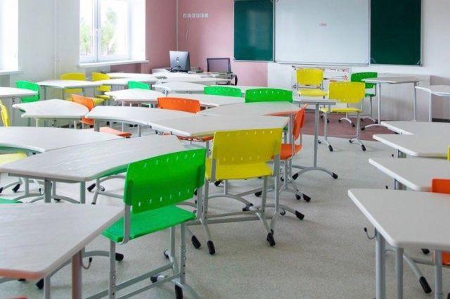 Александр Моор рассказал о строительстве школ и детских садов в 2021 году