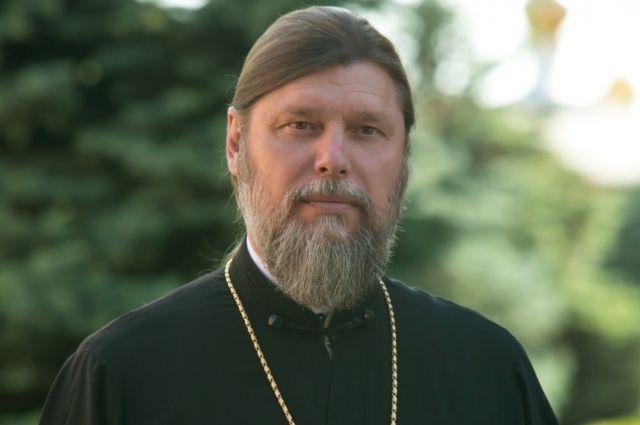 Протоиерей Александр Игнатов имеет множество церковных наград.