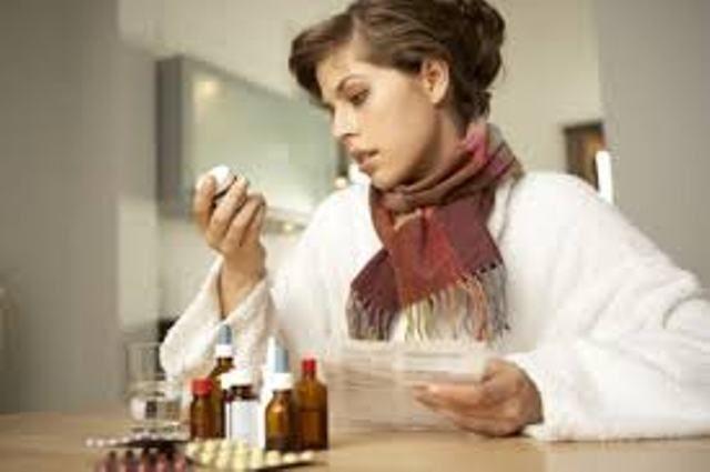 В Киеве за неделю заболели гриппом и ОРВИ более десяти тысяч человек.