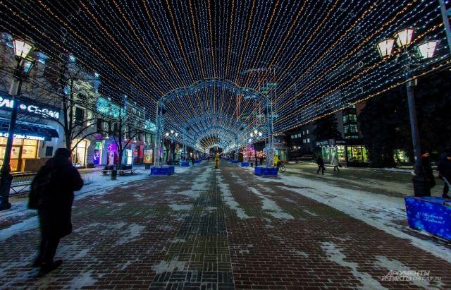 С учетом холодов, долго на улице в Новогоднюю ночь быть не стоит