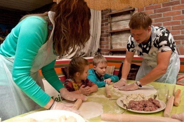 Накануне праздника в семьях царит особая гастрономическая атмосфера.