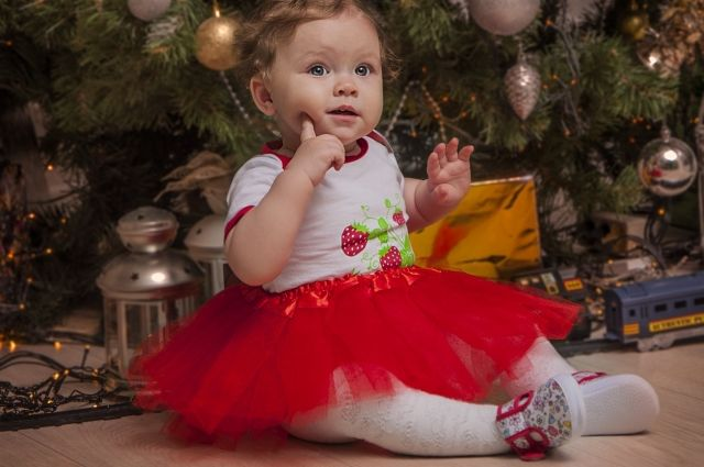 В преддверии Нового года детям в инфекционной больнице подарят сладости
