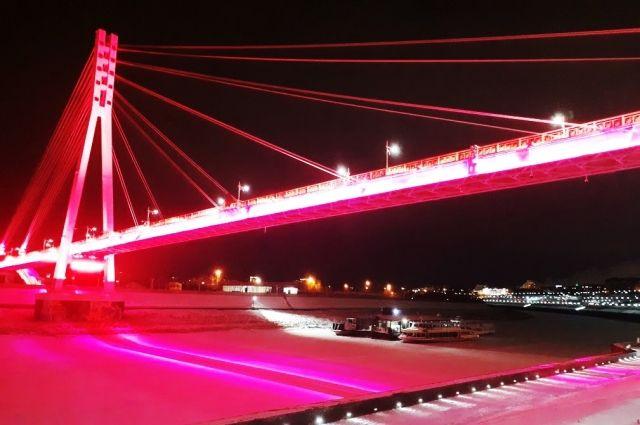 В Тюмени мост Влюбленных 31 декабря засияет новогодними огнями