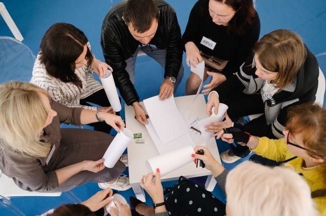 Центр «Мой бизнес» ежегодно организует для предпринимателей семинары и тренинги, круглые столы, образовательные программы и форумы.