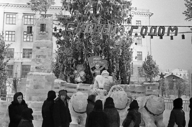 Ёлка на Советской площади. 1962 г.