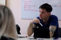 Преподавание иностранных языков Валерио совмещает с волонтёрской деятельностью.