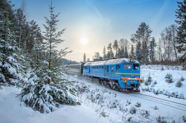 В Укрзализныци рассказали, сколько человек встретят Новый год в поездах.