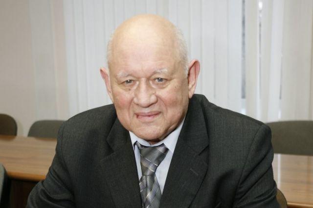 Скончался известный томский ученый, профессор Томского госуниверситета Феликс Тарасенко.