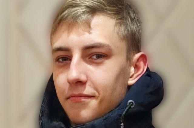 В Новосибирске ищут 16-летнего Дениса Горлова, который пропал в новогоднюю ночь.