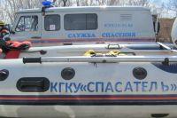 Для спасения людей специалисты Го и ЧС использовали судно на воздушной подушке.