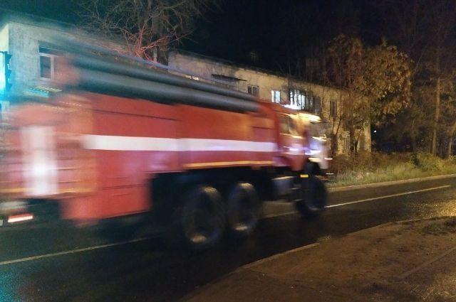 В Бердске на территории турбазы «Бердская заимка» произошёл пожар