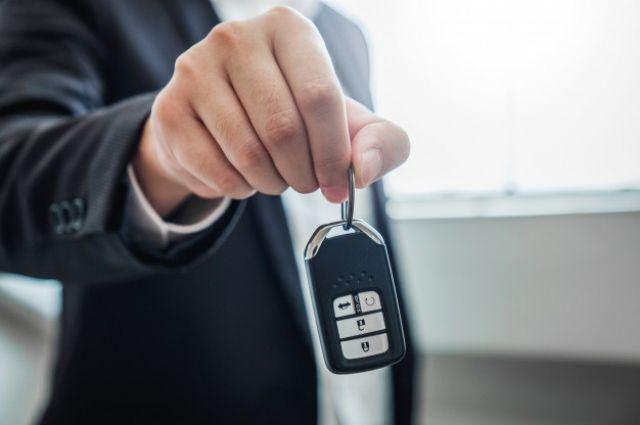 Украинцы в 2020 году стали покупать меньше автомобилей.