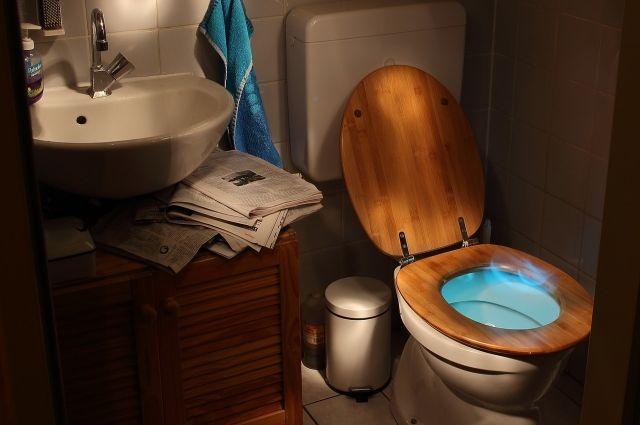Из-за мороза квартира в Лабытнанги «тонет» в стоках канализации