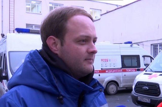 В скорой Сергей Зихов работает с конца апреля