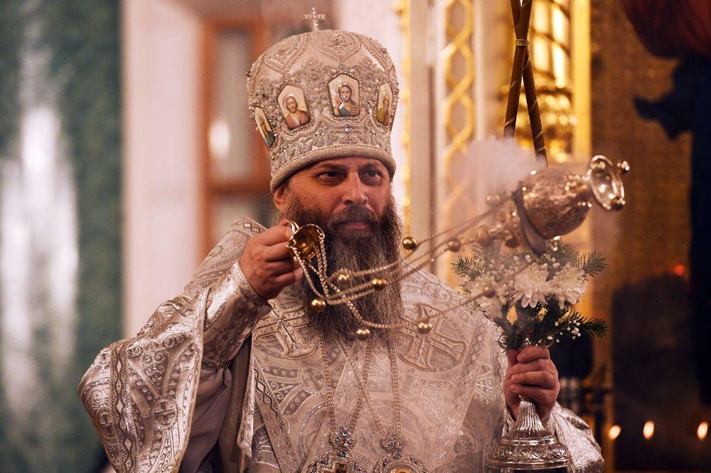 Митрополит Новосибирский и Бердский Никодим во время Рождественского богослужения в Вознесенском кафедральном соборе в Новосибирске.