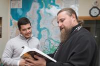 В сочельник губернатор Ямала Дмитрий Артюхов встретился с архиепископом